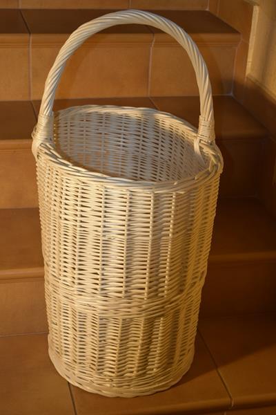Wytrzymały koszyk na drewno do KOMINKA schodowy XL