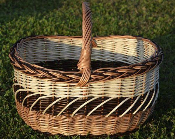 wiklinowy kosz na piknik
